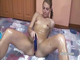 Russian Lina Covered In Oil And Fucking Her Twat