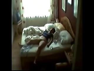 dormitorio, cámara escondida, masturbación, milf, madre, espia, voyeur