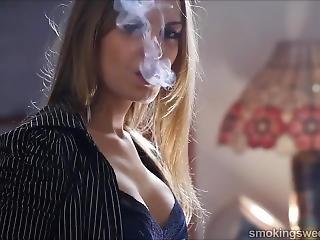 Smoking Girl 4