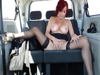 Audrey Play Whit Here Self On The Highway