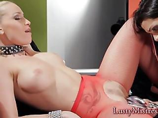 Trio Dominantie, Lesbisch, Masturbatie, Sexy