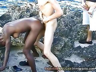 afrikkalainen, ranta, musta, pano, rotujenvälinen, ulkona, valkoinen
