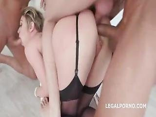 Dee Williams %E2%80%93 Fucking Wet With Dee Williams 4 On 1
