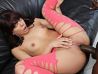 All Natural Babe Gina Valentina Fucks A Dark Dick