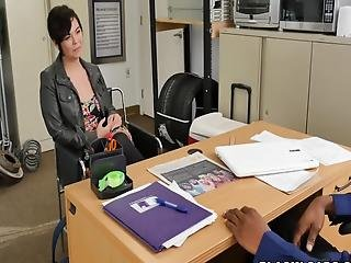 Short Haired Chick Gets Her Cunt Demolished By Directors Huge Cock