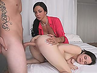 Jenna Ross And Jewels Jade Amazing 3some In The Bedroom
