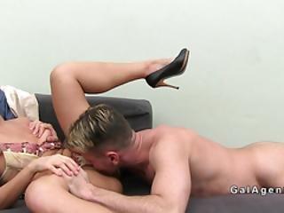 Experienced Female Agent Sucks Amateurs Dick