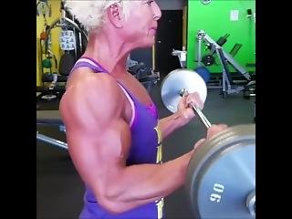 Jq Getting Her Pump On