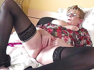 HOT Grandma With Mature Thirsty Vagina