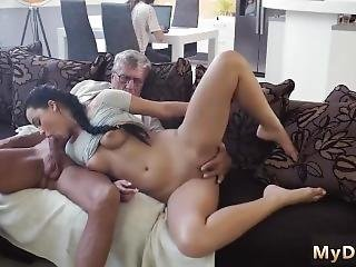 Old Lady Scissoring Xxx Man Vs Young Girl First Time Young Erica Was