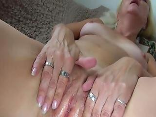 Oldnanny Mature Donna Bjing Fuzz Of The Adorable Pussy