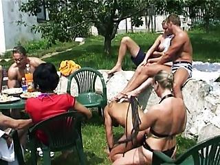 Bi Garden Party4