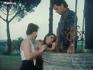 Emmanuelle Cristaldi Vampirella And Barbarella - Nude Scenes From I Sogni Oscen