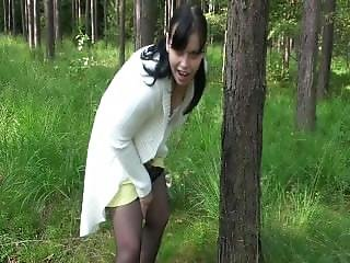 Sexy-privat-girl - Dirty Talk Im Wald - Bitte Fick Mich Jetzt Und Hier