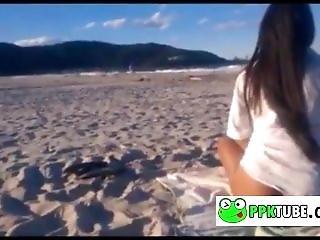 Morena Gostosa Sem Calcinha Na Praia Sexy Brunette Without Panties Beach