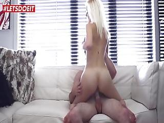 Katy Only 19 And Pussy Virgin...until Today