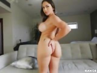 Marta La Croft Super Hot Body