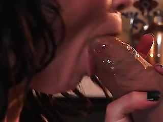 Teen Jessi Palmer Fucks The Plumber