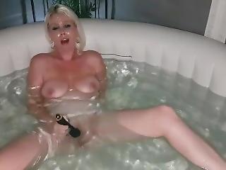 amatör, stortuttad, blondin, brittisk, onani, milf, orgasm, solo, leksaker, tub