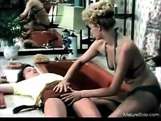 Amateur big ass women fucking