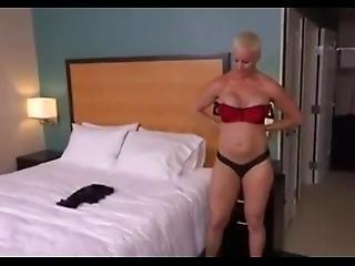 Short Haired Blonde Milf Anal Pov