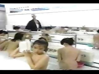 Japanese Naked Girls In Bath