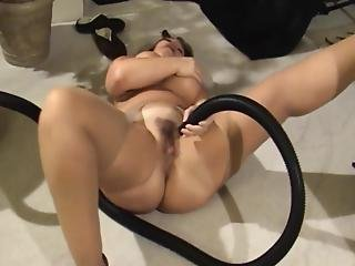 Thick Mature Gets Multiple Orgasms With Vacuum Cleaner