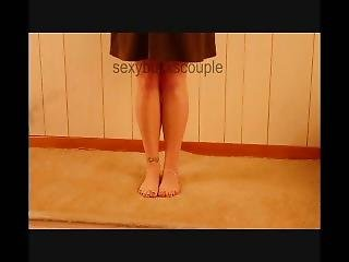 Naughty Wife Has To Pee