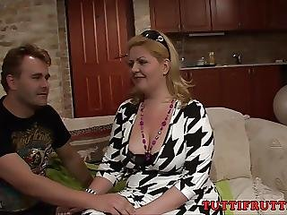Bigass Carmen On Anal Casting