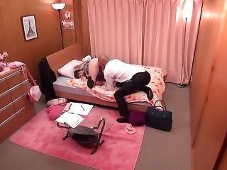Japanese Schoolgirl Gets Pussy Eaten Nonstop