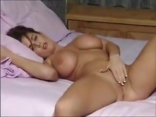 An Hour With A Classy Milf