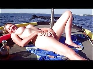 Beach Clitplayboat