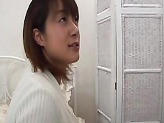 Curvy Hottie Shinobu Mizushima Getting Her Poke Holes Explored With Fingers