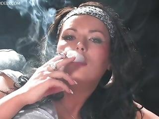 κάπνισμα, σόλο