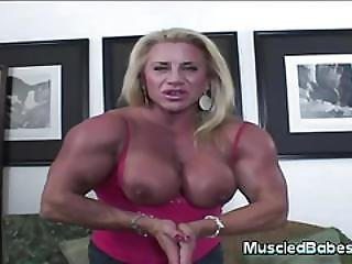 Gym Goddess Has Big Nipples