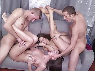 Söpö, Neljänkimppa, Venäläinen, Teini