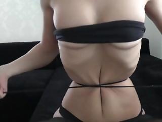 Skinny Girl Play
