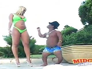 Busty Blonde Babalu Fucks Black Midget