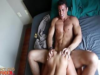 Asian Freshmen College Girl Fucks Hot Scholarship Athlete