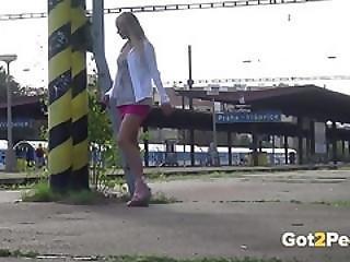 Got2pee - Peeing Women Compilation 005