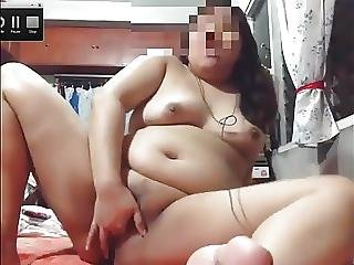 Young Chubby Cam Slut