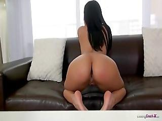 Amazing 20 Years Old Latina Josie Jagger