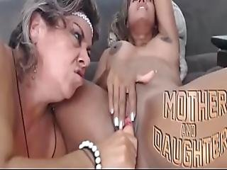 Mother And Daughter - Madre Eh Hija