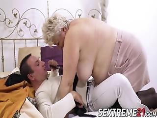γιαγιά μαλακία πορνό