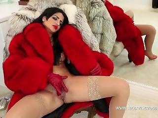 Raz (naughty Natasha) Mistress Fur Fuck Gloves