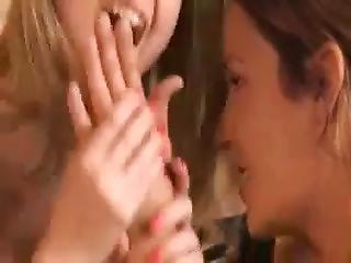 Beatiful Lesbians