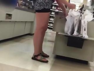 Older Woman Nice Fat Ass..