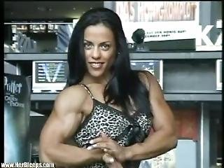 Mavi Biceps