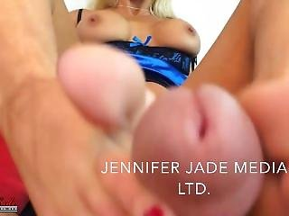 Jennifer Jade Footjob