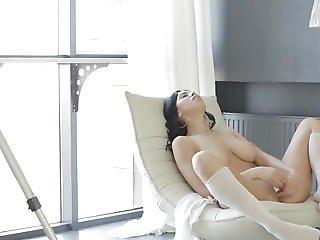 Super Horny Savannah Masturbates Pussy More For Cam